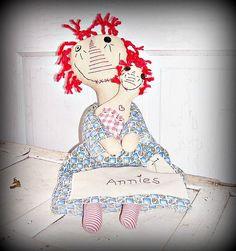 Last Minute Stocking Stuffers by Debbie Ann on Etsy #CarolinaMeme #StrangeKarmaPerfume