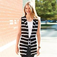 Versatile Layering Vest Give your look some laid-back flair with this sleeveless, tie-dye-printed vest. Features a black and white striped tie-die look with a waist tie for adjustability. Avon Fashion, Womens Fashion, Avon Clothing, Minnesota, Mascara, Athleisure Outfits, White Fashion, Fashion Top, Best Wear