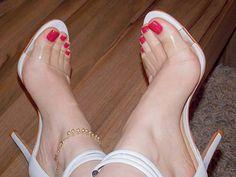 Se vocês estão pensando que não quero mais tirar essa sandália dos pés... acertaram!! Hahahaha  Essas são as primeiras fotos com a câmera usando elas, com essa qualidade de imagem ficaram ainda mais belas, sem falar que foi presente de um podo super especial aqui do insta! ❤️