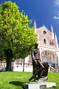 Pintor e iglesia de San Jerónimo El Real #Madrid