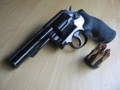 Smith & Wesson Model 13-2 .357 Magnum Revolver.