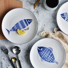 New breakfast plate set patterns 24 Ideas Kitchen Gifts, Diy Kitchen, Bar Table Diy, Bar Tables, Breakfast Plate, Cute Fish, Diy Dog Bed, Gifts For Cooks, Fish Patterns