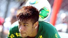 Image uploaded by Magicorn. Find images and videos about cute, football and neymar on We Heart It - the app to get lost in what you love. Good Soccer Players, Football Players, Neymar Pic, Football Fever, Football Images, Professional Soccer, Hair Styles 2014, Faith In Humanity Restored, Modern Hairstyles