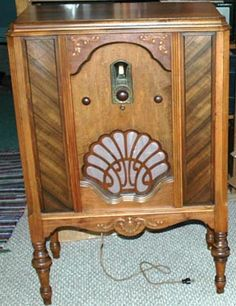 1000 Images About Vintage Wood Radios On Pinterest