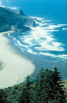 The beach at Lincoln City, Oregon