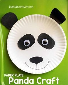Do panda crafts ever get old? We've made several panda crafts in the past, including this printable panda, panda cub, and red panda. Check them out for Diy Crafts For Kids Easy, Paper Plate Crafts For Kids, Animal Crafts For Kids, Projects For Kids, Art For Kids, Paper Crafts, Art Projects, Panda For Kids, Paper Animal Crafts