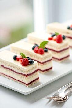 Raspberry Rose Vanilla  Cake - love the way its sliced - perfect tea party portions #matildetiramisu# concorso #dolciricette