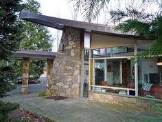 MCM house designed by Arthur Tofani for the D'Onofrio family in 1958, Pennsylvania.