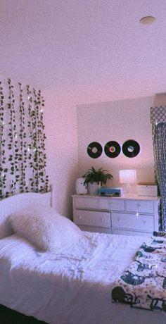 Minimalist Home Interior Cute Bedroom Decor, Room Design Bedroom, Room Ideas Bedroom, Teen Bedroom, Bedroom Inspo, Diy Bedroom, Blue Bedrooms, Modern Bedrooms, Bedroom Designs