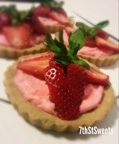 The Love Tart by 7thStSweets