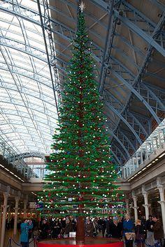 Lego Christmas Tree - St Pancras Station