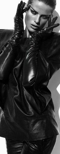 Isabeli Fontana and leather | LBV♥✤ | KeepSmiling | BeStayElegant