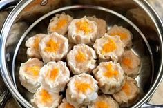 Yummy Snacks, Snack Recipes, Cooking Recipes, Yummy Food, Indonesian Desserts, Indonesian Food, Unique Recipes, Asian Recipes, Siomai