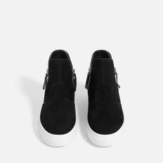 Image 4 of LEATHER HIGH-TOP SNEAKERS WITH ZIP from Zara