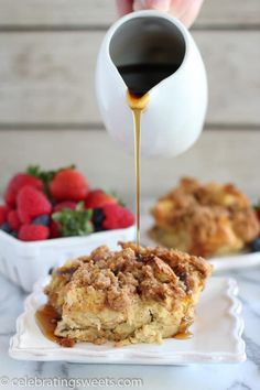 Cinnamon Vanilla Baked French Toast - An easy make-ahead french toast casserole flavored with vanilla and cinnamon and topped with a brown sugar crumble. Make Ahead French Toast, Banana French Toast, Pumpkin French Toast, French Toast Bake, French Toast Casserole, Breakfast Casserole, Breakfast Dishes, Breakfast Recipes, Breakfast Ideas