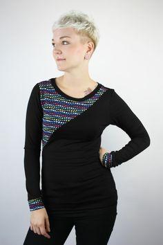 Schluppenblusen - Longsleeve schwarz Punkte - ein Designerstück von…