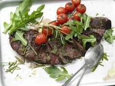 Top Round Steak with Tomatoes and Arugula | Eat Smarter