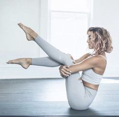 The most comfortable leggings ever! - The most comfortable leggings ever! The most comfortable leggings ever! Yoga Images, Yoga Pictures, Yoga Photos, Yoga Photography, Fitness Photography, Yoga Inspiration, Yoga Routine, Asana, Yoga Fitness