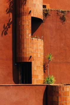 """In his picture series """"Spaces"""" Paris-based photographer Romain Laprade depicts various places he can blend into. Laprade is so passionate about taking pictures that he. Architecture Details, Landscape Architecture, Terracotta, Granville Street, Riverside Hotel, Ricardo Bofill, Archi Design, Building Materials, Earth Tones"""
