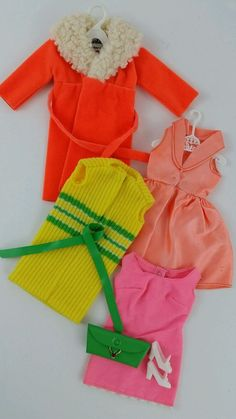 Vintage Barbie Sears Glamour Group #1510 1970-71 Dresses Coat Shoes Accesories #Mattel
