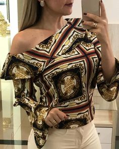 Retro Print Bell Sleeve Ruffles Blouse Women's Online Shopping Offering Huge Discounts on Dresses, Lingerie , Jumpsuits , Swimwear, Tops and More. Retro Outfits, Trendy Outfits, Fashion Outfits, Blouse Dress, Ruffle Blouse, Look Fashion, Latest Fashion, Pattern Fashion, Casual Tops