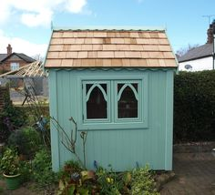 6ft x 4ft Gothic shed finished with sadolin superdec in clover leaf (Gothic-175)