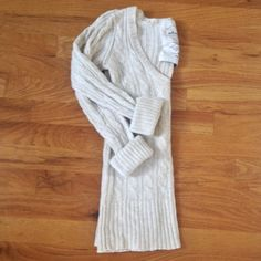 Abercrombie & Fitch Spring-Weight Sweater This cotton-angora blend sweater is the perfect weight for spring. It has long sleeves, but I also love rolling or pushing them up for a more casual, beachy look. It is soft and in excellent gently worn condition. Please be advised that although this is labeled as a size large, it does not fit as such. The fit is much more of a small. Trust me on this one--if you wear a large in most things, this will not fit you. If you normally wear a small, order…