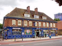 Coach and Horses, Lewisham, London History, Local History, Uk Pub, London Pubs, Luxury Apartments, Horses, Mansions, Street, House Styles