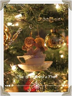 My Cozy Corner: How to Decorate a Tree