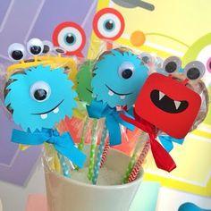 Little Monster Birthday, Monster 1st Birthdays, Monster Birthday Parties, First Birthday Parties, First Birthdays, Easy Halloween Decorations, Halloween Party Favors, Halloween Cards, Monster Party