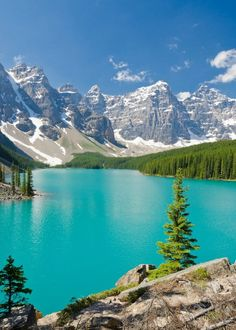 Top Things To Do In Banff National Park – Voyage Afield Beautiful Nature Pictures, Amazing Nature, Beautiful Landscapes, Beautiful World, Beautiful Places, Places To Travel, Places To See, Nature View, Rocky Mountains