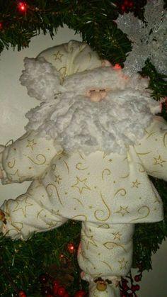 Nieve y Santa      Osos y sus amigos      Ositos         amigos nieves      chimenea      Santa patitas arriba     Santa y amigos en glo... Christmas Stockings, Christmas Diy, Christmas Wreaths, Christmas Ornaments, Happy Hollidays, Santa, Merry, Dolls, Blog