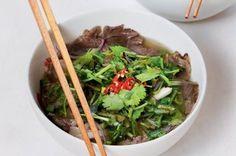 Vietnamská polévka pho Pho, Japchae, Beef, Tableware, Ethnic Recipes, Kitchen, Meat, Dinnerware, Cooking