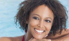 Consultatia in vederea albirii profesionale consta intr-o dubla evaluare:  - Stabilirea sanatatii cavitatii orale (examinarea dintilor, gingiilor, ocluzie, radiografiile necesare)  - Evaluarea estetica - partea subiectiva a consultatiei.  Singura modalitate de a obtine ceea ce doresti de la zambetul tau este printr-o comunicare deschisa si clara cu medicul tau dentist.  0723.726.125 / 031.805.9027 / contact@gentledentist.ro