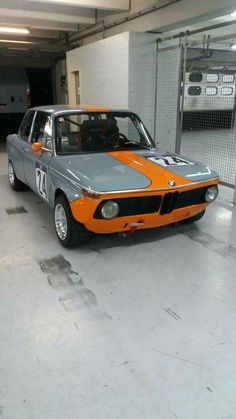 Bmw 2002, Cars For Sale Uk, Bmw Alpina, Bmw Classic Cars, Bmw 318, Vintage Sports Cars, Old School Cars, Top Cars, Courses
