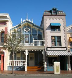 e088b68ffb Disneyland  The Wizard of Bras Porch