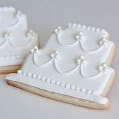 Cottage Style Wedding Cookie Favors %u2013 Pearl Wedding Cake // 12 // Bridal Shower Shabby Chic French Country Vintage Chic Romantic