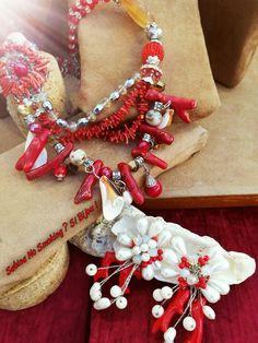 Orecchini e collana pietre dure conchiglie e perle ,rosso corallo ....vetrina #sabinanosmokingsibijou