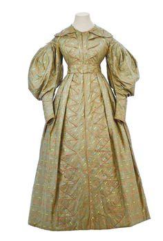Day dress ca. 1829 From the Museo de la Moda