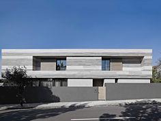 Fachada de Casa Linear Cinza