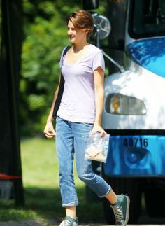 Shailene Woodley as Hazel Grace Lancaster in THE FAULT IN OUR STARS movie