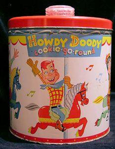Howdy Doody cookie can Vintage Tins, Vintage Dishes, Vintage Kitchen, Vintage Stuff, Kitsch, Antique Cookie Jars, Howdy Doody, Plywood Furniture, Pyrex
