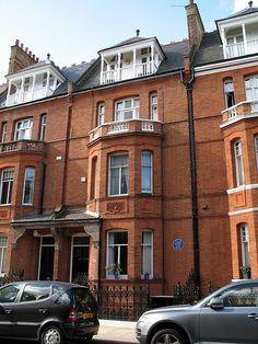 34 Tite Street, Chelsea, London, former residence of Oscar Wilde.