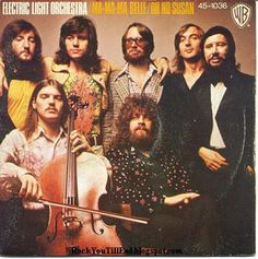 """ELO (Electric Light Orchestra) Hit songs included """"Evil Woman"""",""""Strange Magic"""",""""Livin' Thing"""",""""Turn to Stone"""",""""Don't Bring Me Down. Make Mine Music, Music Is My Escape, Great Bands, Cool Bands, Elo Band, 70s Rock Bands, Jeff Lynne Elo, Best Rock, Popular Music"""