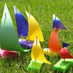 Summer Outdoor Crafts for Kids! Fill your summer with these fun outdoor crafts and keep your kids busy and learning all summer! Boat Crafts, Vbs Crafts, Church Crafts, Crafts To Do, Preschool Crafts, Camping Crafts, Summer Crafts For Toddlers, Summer Activities For Kids, Toddler Crafts