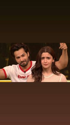 Alia Bhatt Varun Dhawan, Alia Bhatt Cute, Alia And Varun, Samantha Pics, Stylish Girl Pic, Best Friend Pictures, Bollywood Celebrities, Best Couple, Beautiful Couple