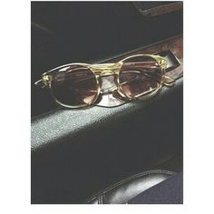 Princetons glasses the exact copy of john lennon when he was killed