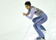【フィギュアスケートGPファイナル・男子SP】 男子SP首位の羽生結弦=フランス・マルセイユで2016年12月8日、宮間俊樹撮影