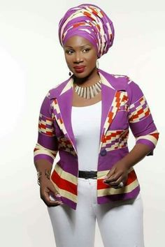 New Ankara Styles for Women 2019 to Rock This Lovely Year Short African Dresses, African Blouses, African Tops, African Print Dresses, African Print Fashion, Africa Fashion, African Fashion Dresses, African Women Fashion, African Attire