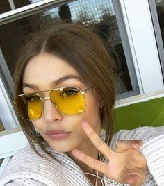 gigi hadid is now designing sunglasses for vogue eyewear 01 – Tables and desk ideas Gigi Hadidi, Bella Gigi Hadid, Gigi Hadid Style, Gigi Hadid Outfits, Celebs, Celebrities, Girl Model, Star Fashion, Clothes